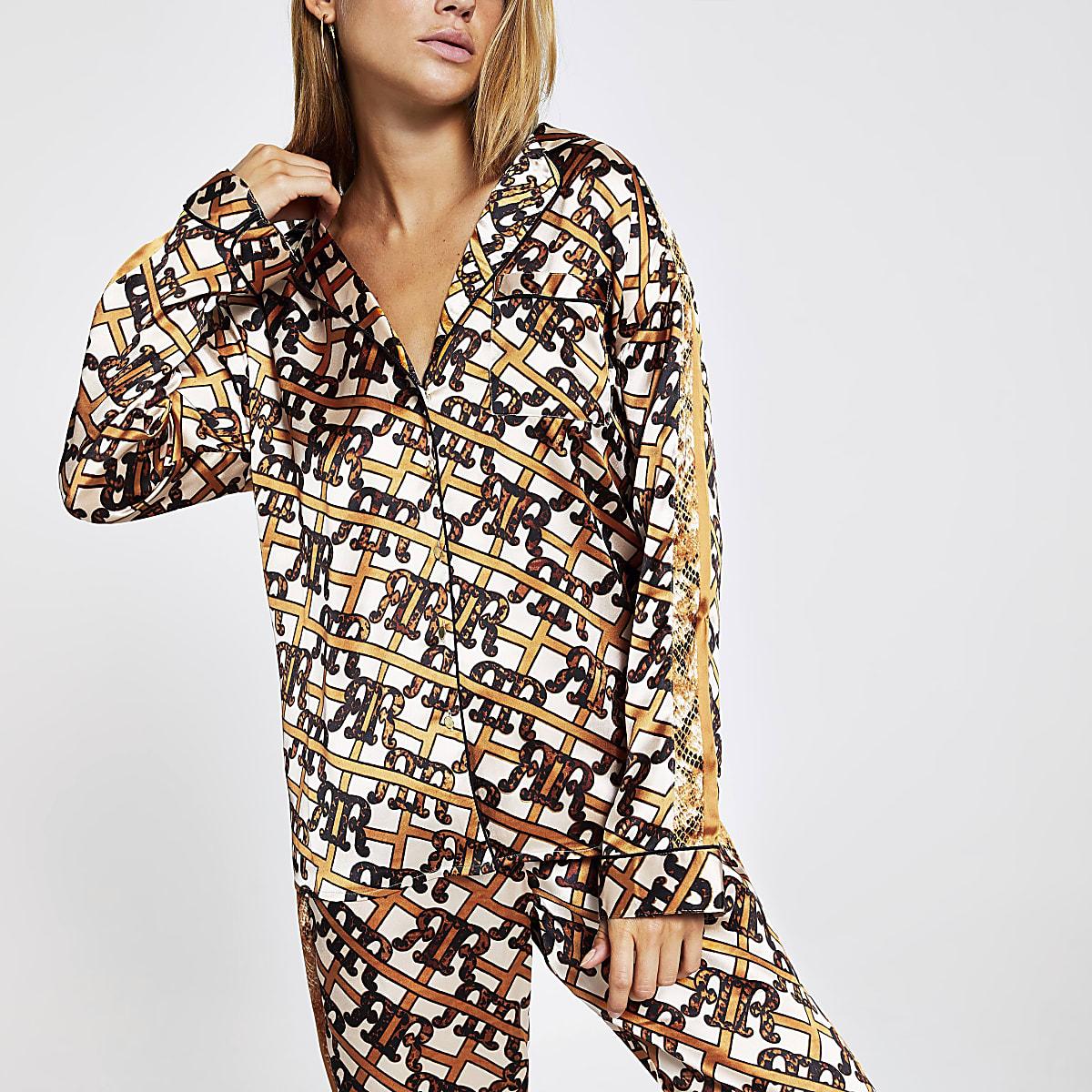 Bruin satijnen pyjamashirt met RI-print