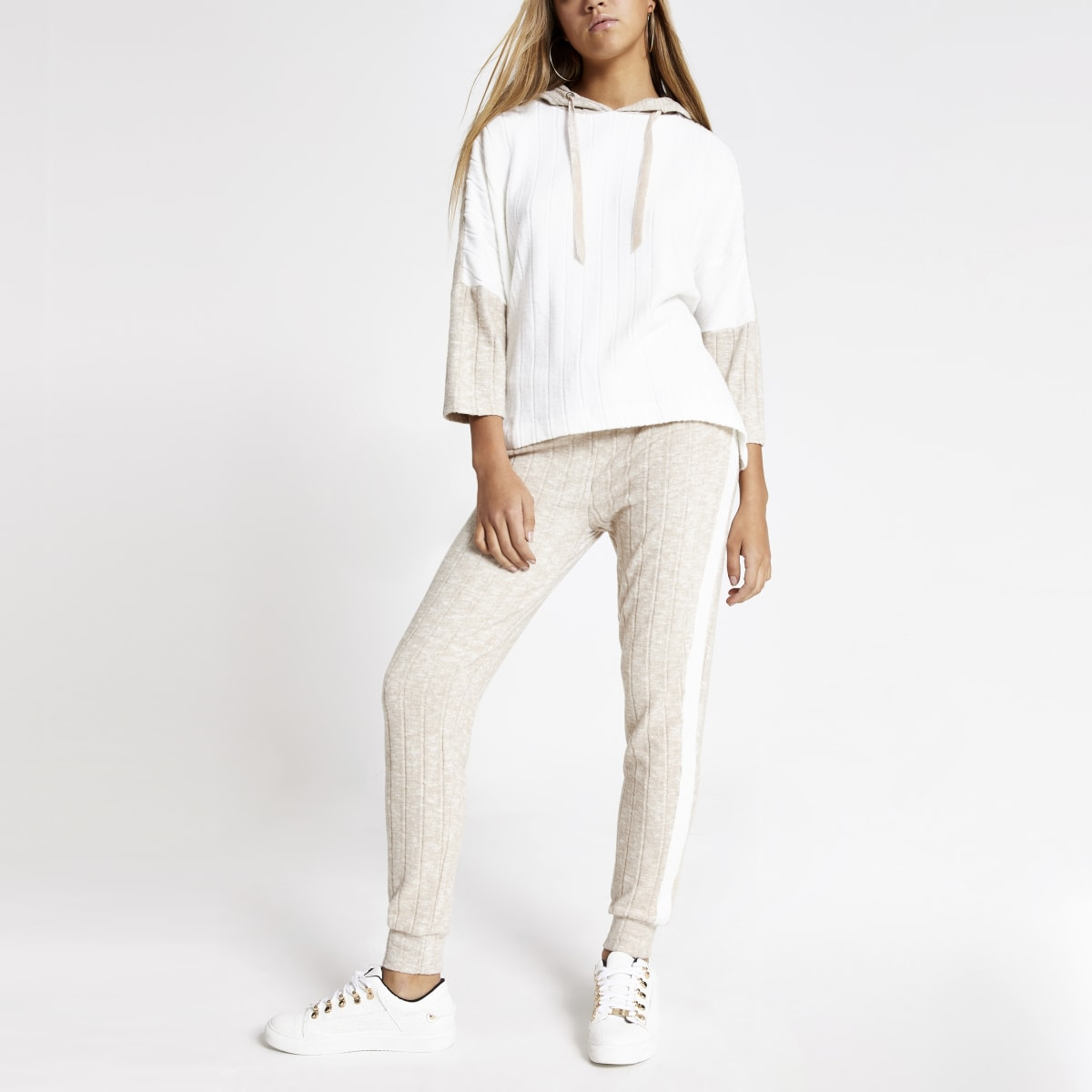 Pantalon de jogging côtelé crème