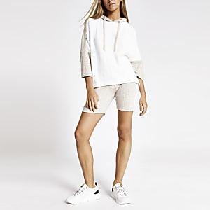 Crème geribbelde pyjamashort met cirkels