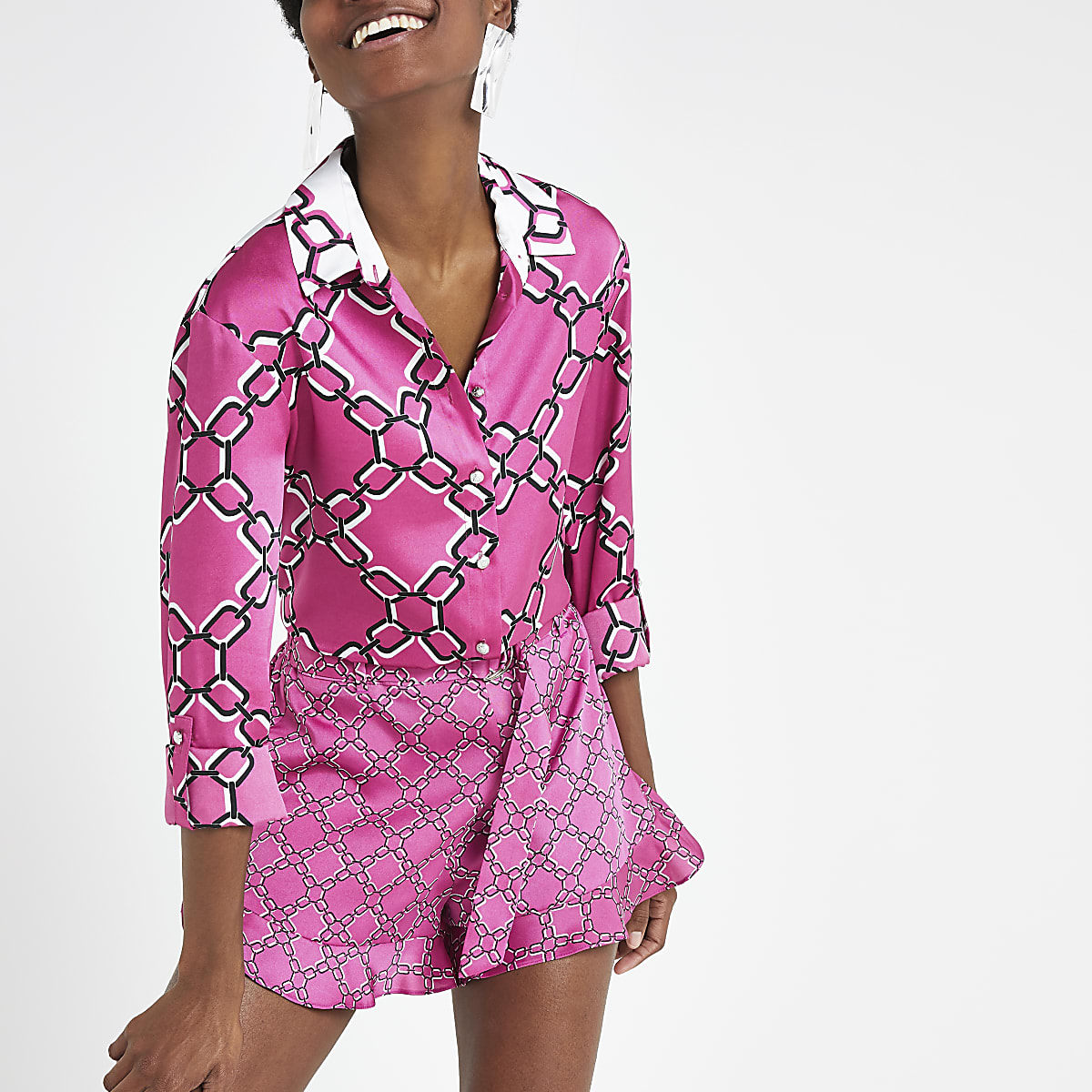 Pink chain print frill shorts