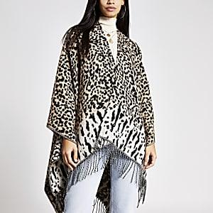 Beige cape met franje en luipaardprint