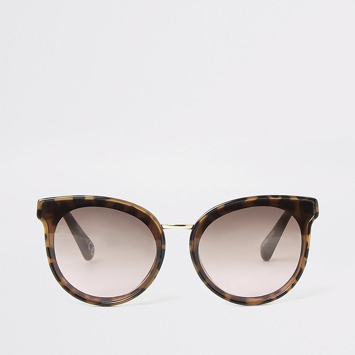 Brown tortoise shell round glam sunglasses