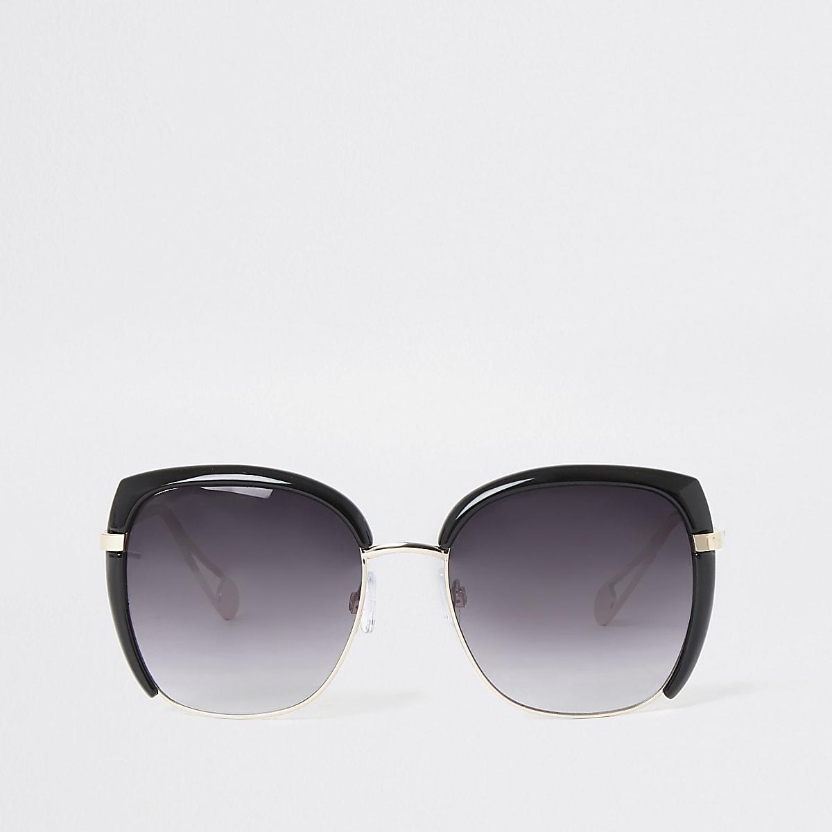 Black smoke lens glam sunglasses