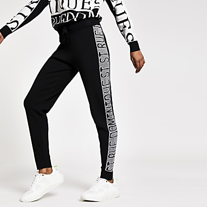 Petite black 'Rue Dominique' knitted joggers