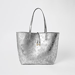 Silberfarbene Shopper-Tasche