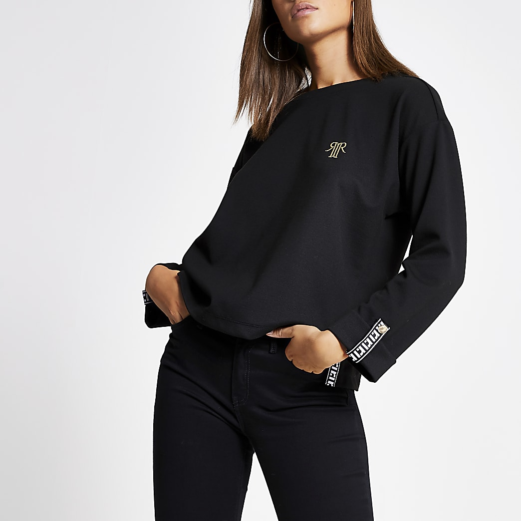 Zwart T-shirt met lange mouwen, bies en RI-logo