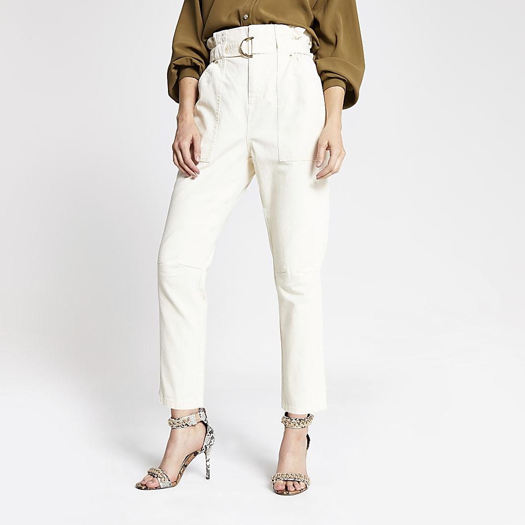 Pantalon crème à taille haute ceinturée