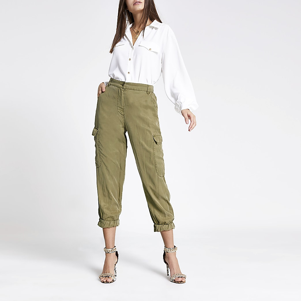 Khaki cropped cargo trousers