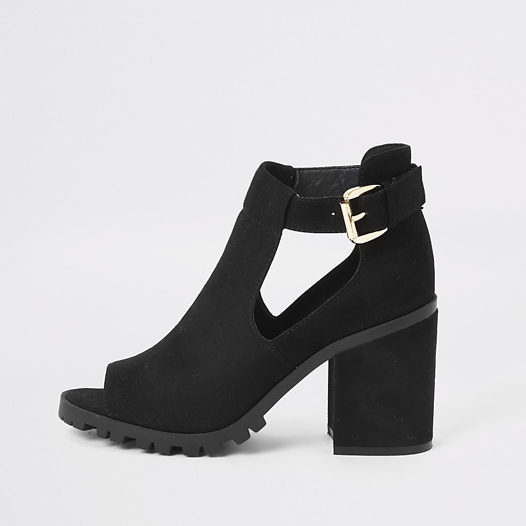 Black double buckle shoe boots