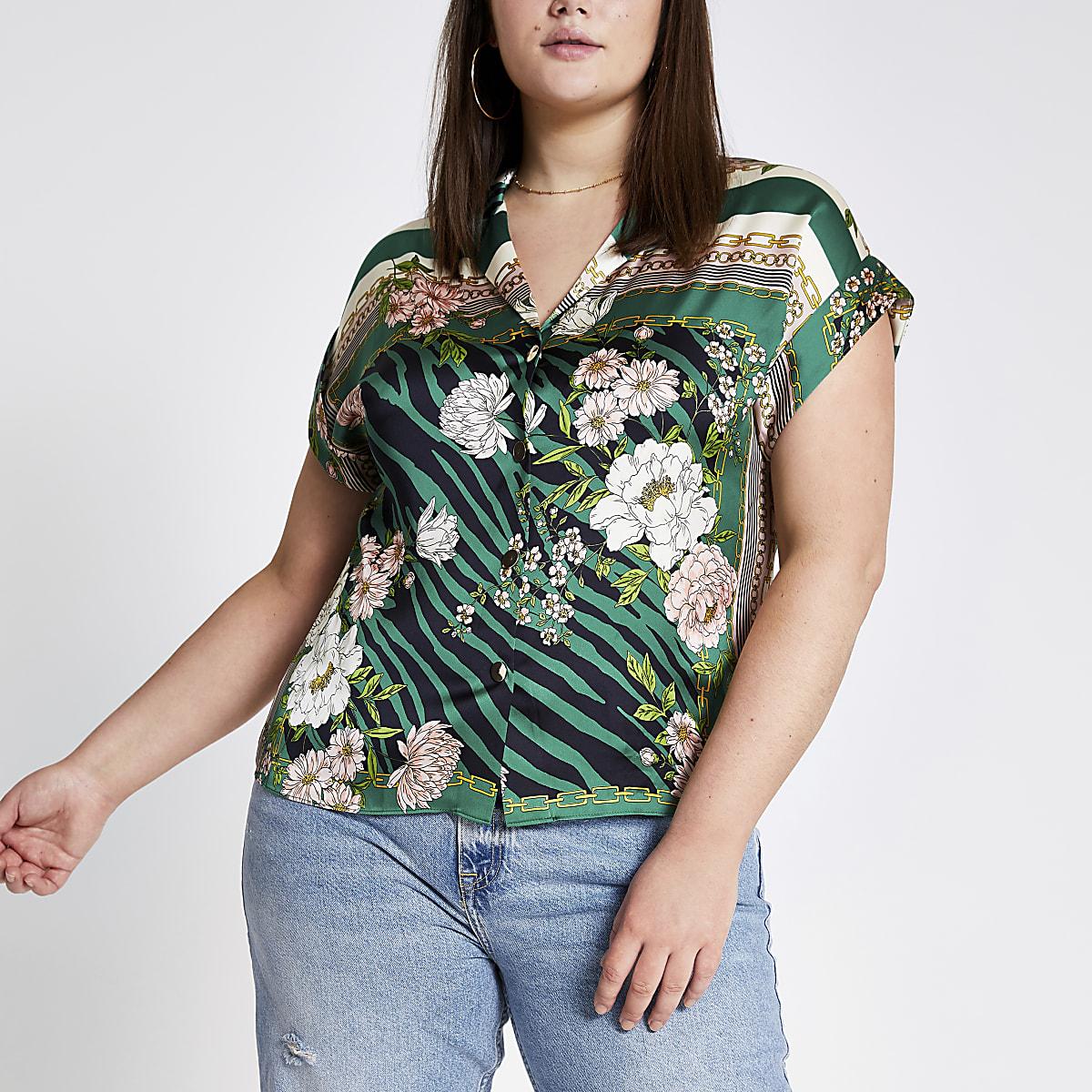 Plus green printed short sleeve shirt