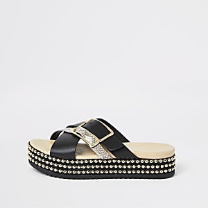 Black buckle beaded flatform sandals