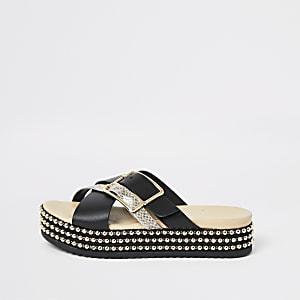 Sandales noires à semelles plateforme, boucles et perles