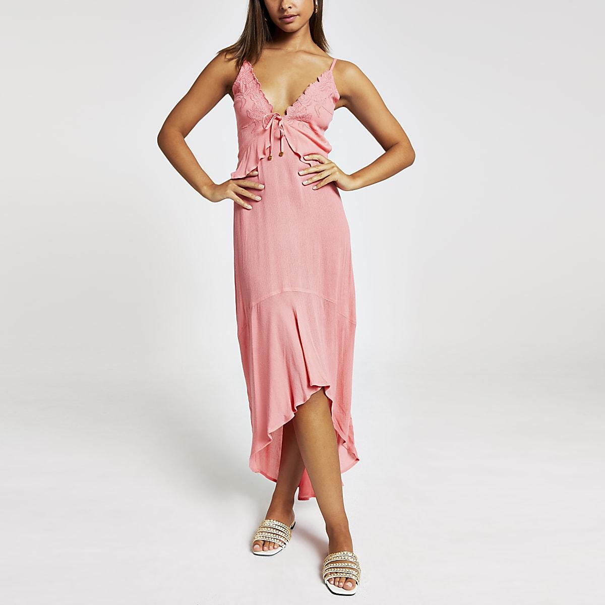 Robe longue de plage à fleurs rose