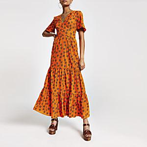 Maxikleid mit Knöpfen und Sternen-Aufdruck in Orange