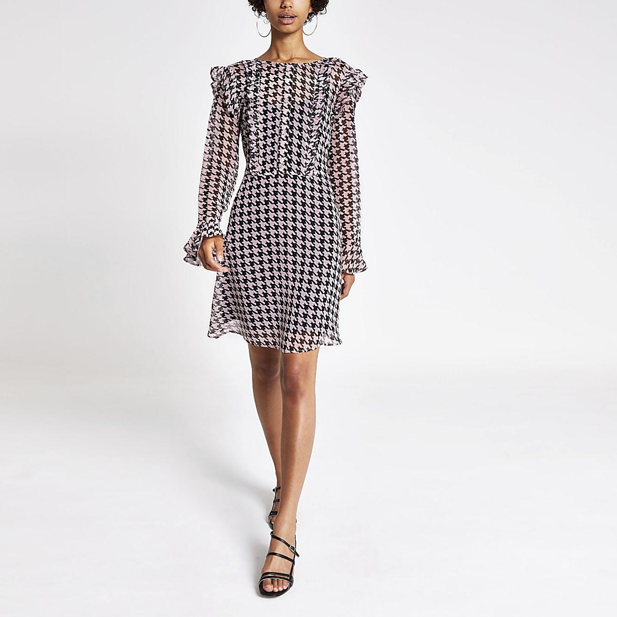 Roze mini-jurk met ruches voor en print