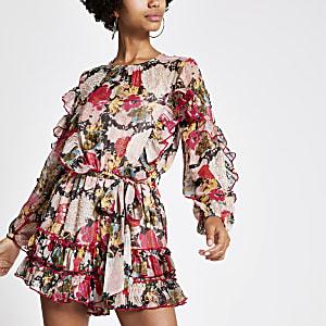 Combi-short à fleurs rose orné à volants