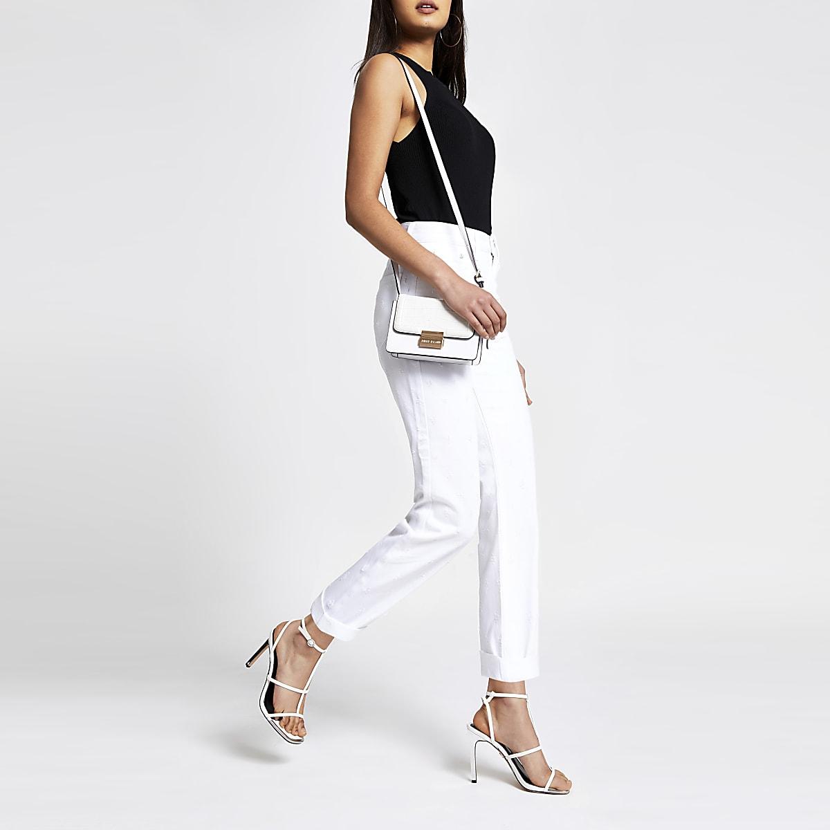 Witte mom jeans met naden