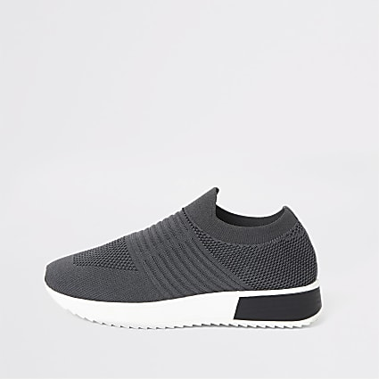 Dark grey knitted runner trainers