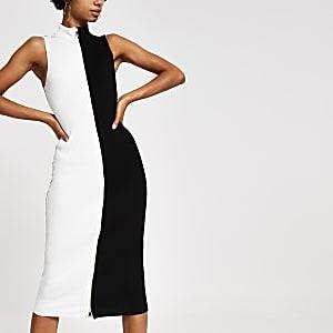 Robe noire et blanche colour block mono zippée sur le devant