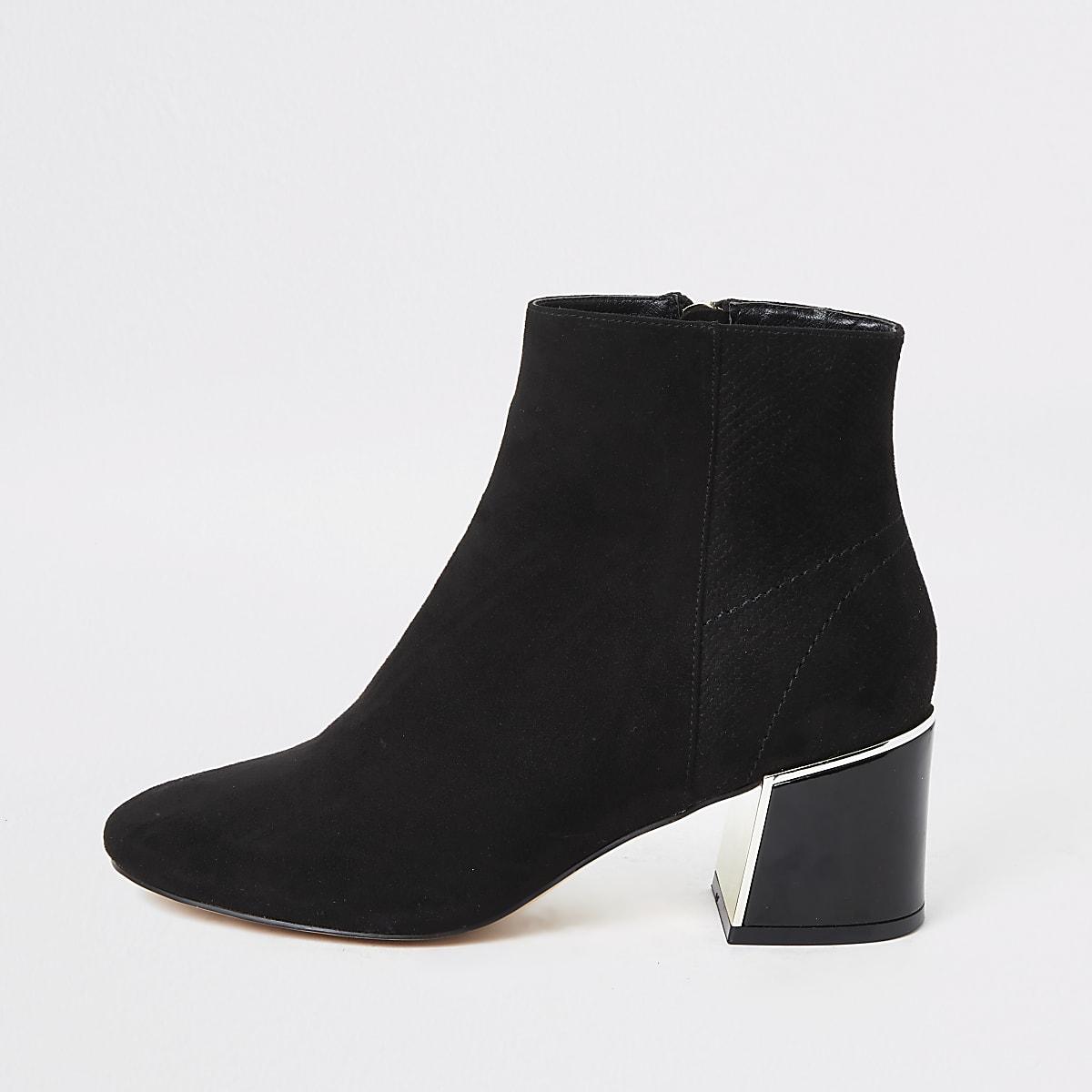 Zwarte laarzen van imitatiesuède met blokhak en brede pasvorm