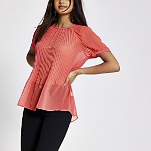 Bright pink plisse top