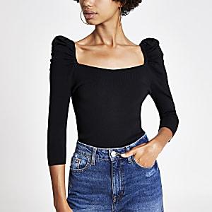 Zwarte top met pofmouwen en vierkante hals