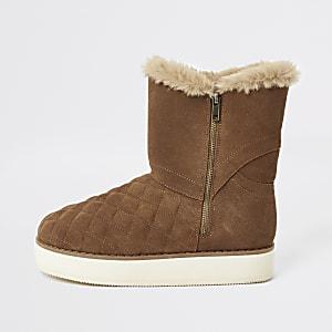 Bruine gestikte suède laarzen met imitatiebont en vlakke zool