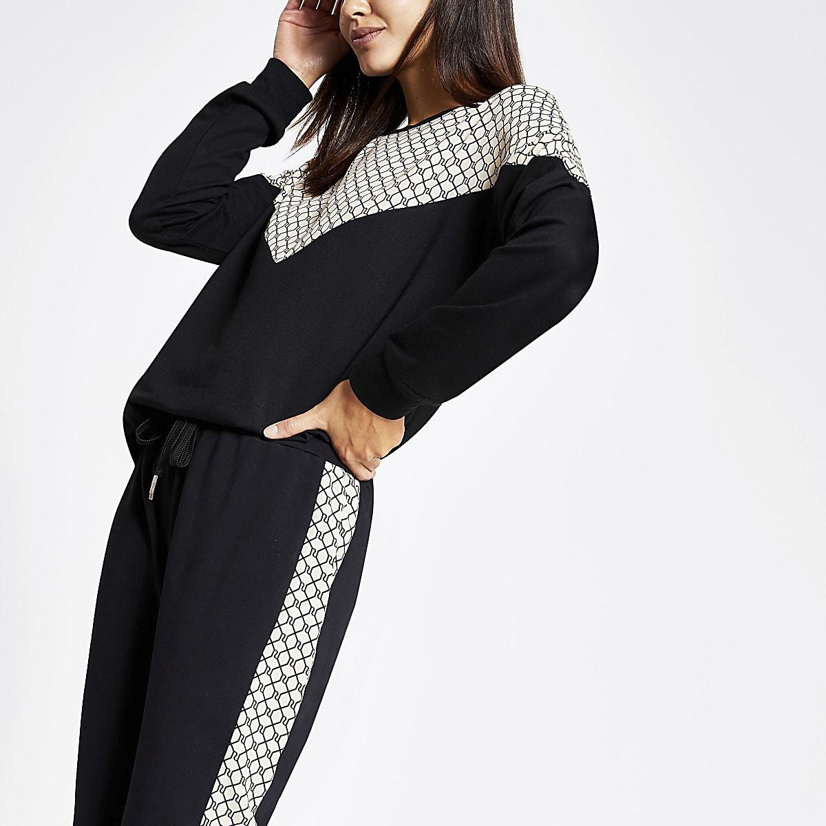 Black RI chevron print sweatshirt