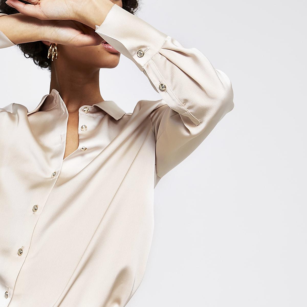 Light grey long sleeve shirt
