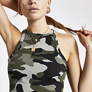 Khaki Crop Top mit Camouflage-Muster