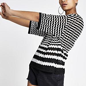 Schwarzes Strick-T-Shirt mit Print