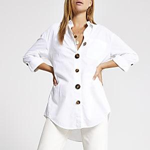 Weißes langärmeliges Hemd