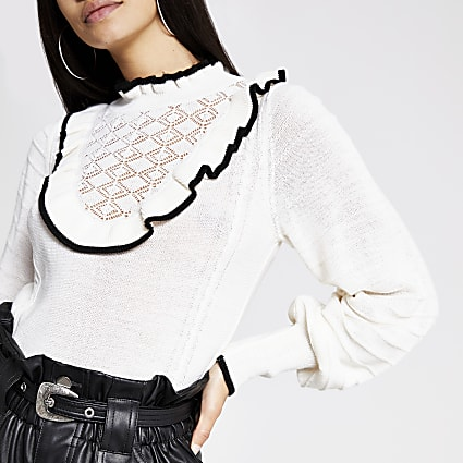 White frill bib knitted top