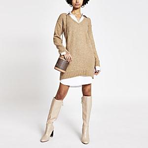 Bruin gebreid pullover en overhemd jurkje met lange mouwen