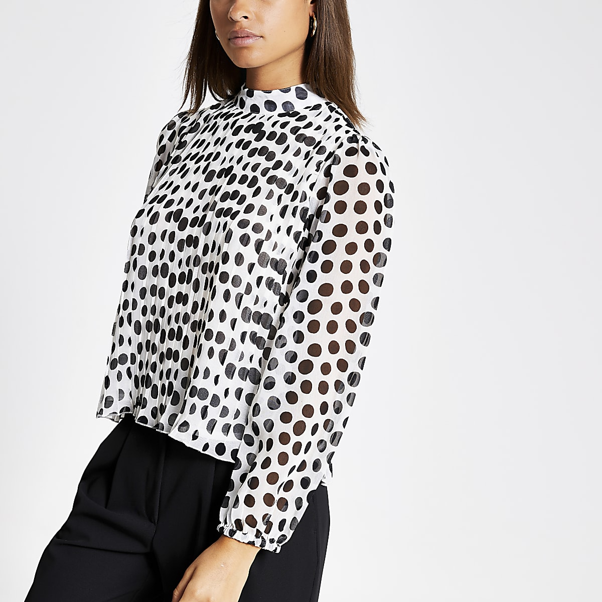 Black polka dot pleated long sleeve top