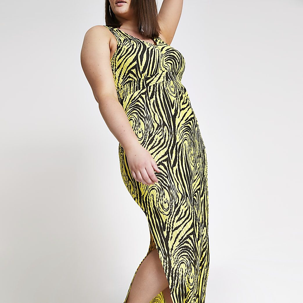 Plus yellow printed pleated maxi dress
