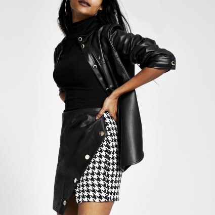Black faux leather houndstooth mini skirt