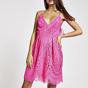 Pinkes Skater-Kleid