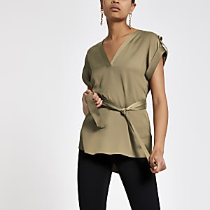 T-shirt kaki à ceinture