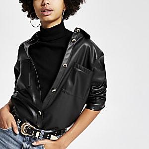 Zwart overhemd van imitatileer