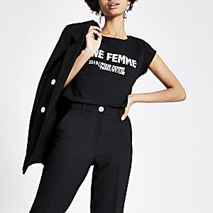 Zwart T-shirt met print en omgeslagen mouwen