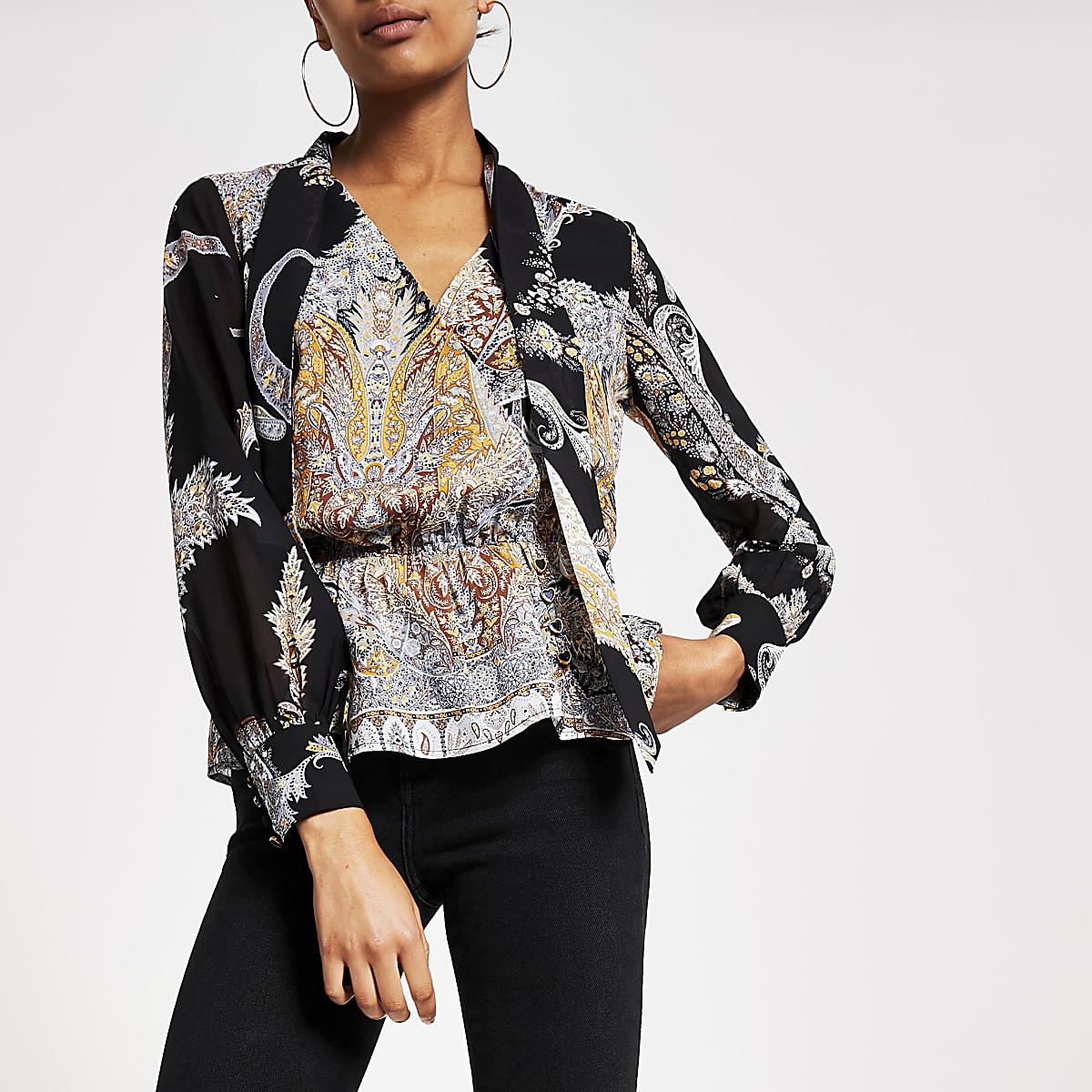 Zwarte blouse met print, strik om hals en doorschijnende mouwen