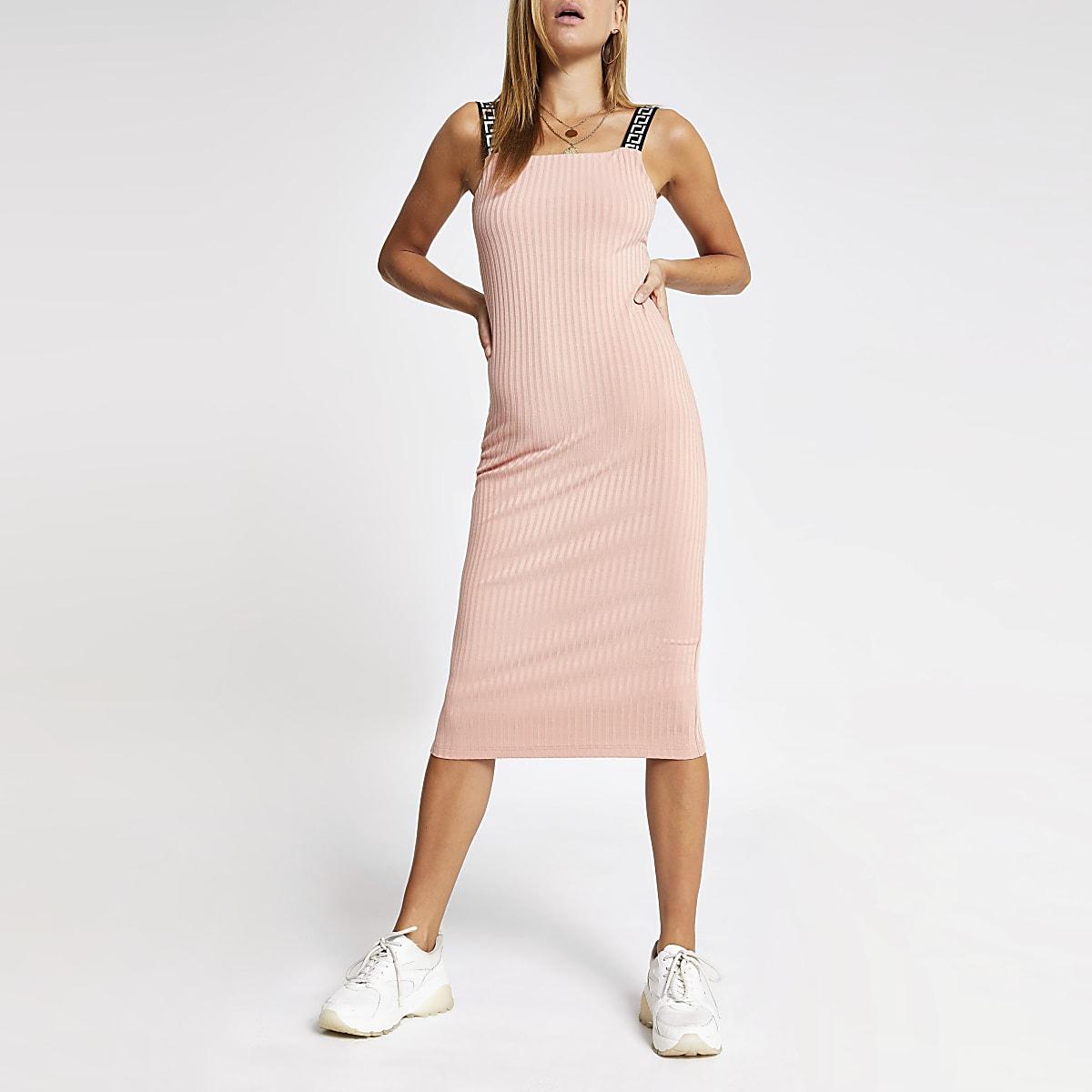 Pink ribbed midi dress