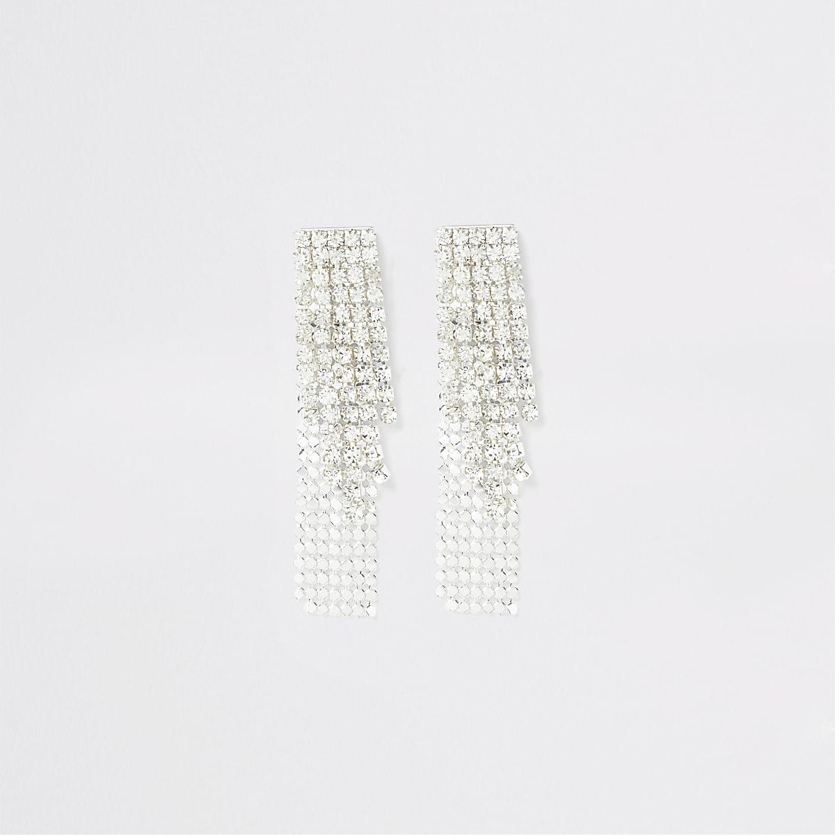 Zilverkleurige oorbellen met ingelegde steentjes