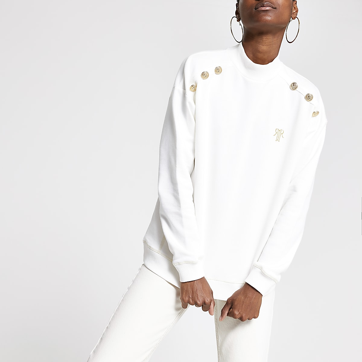 White high neck sweatshirt