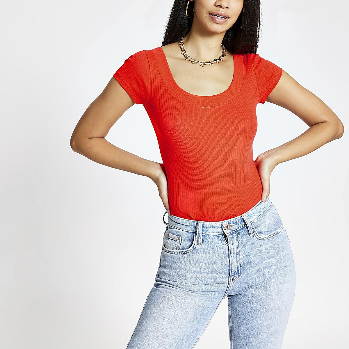 Oranje T-shirt met lage hals