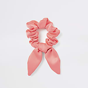 Neon pink bow scrunchie