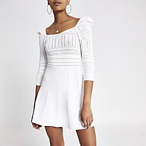 Kleid in Creme mit Puffärmeln