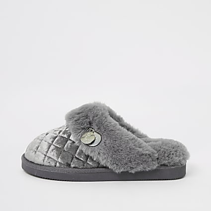 Grey quilted faux fur mule slippers