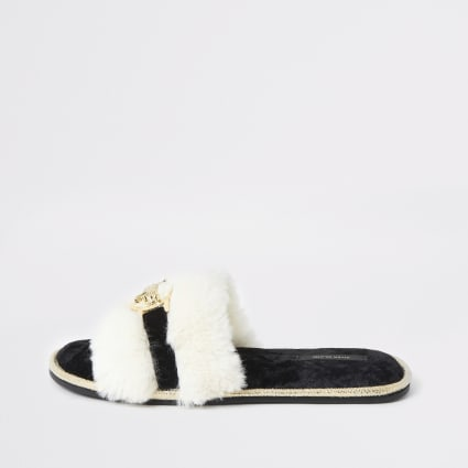 Cream faux fur mule slippers